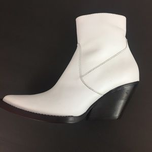 Zara White Leather Ankle Boots Size Eur 36 US 6
